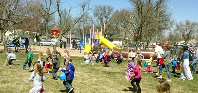kenesaw easter egg hunt at the city park